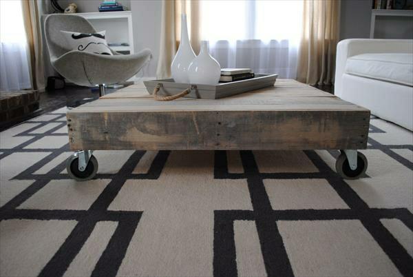 DIY Möbel aus Paletten couchtisch rollen