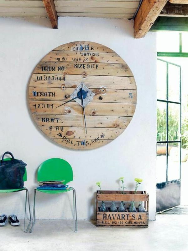 DIY Möbel aus Paletten wanduhr bauen ideen