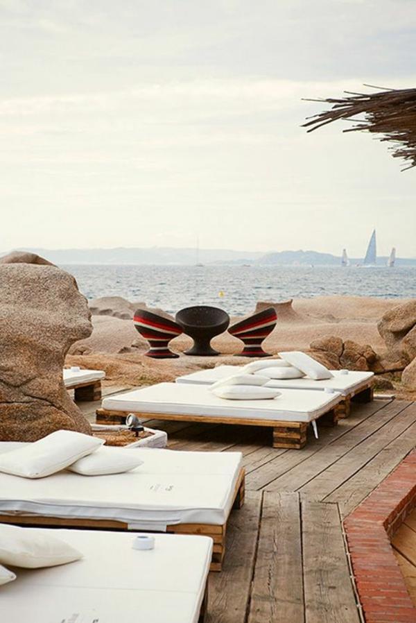 Gartenmöbel aus Paletten sonnenliegen selber bauen lounge möbel