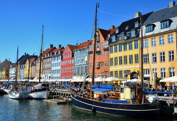 Kopenhagen Sehenswürdigkeiten kanal nyhavn