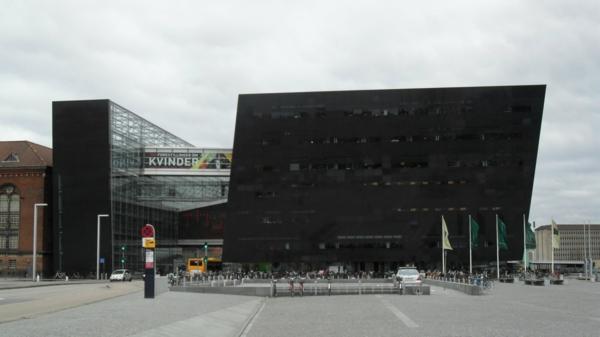 Kopenhagen Sehenswürdigkeiten moderne bibliothek gebäude