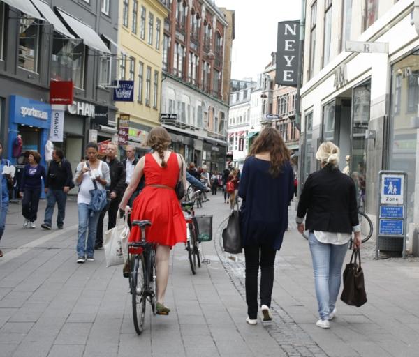 Kopenhagen Sehenswürdigkeiten stroget fußgängerzone fahrrad fahren