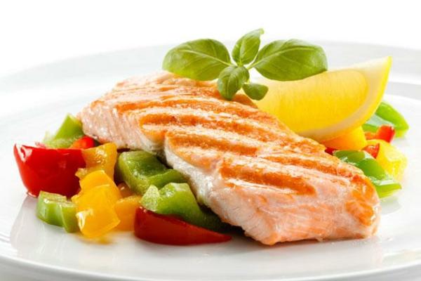 Omega 3 Fettsäuren Omega 6 Fettsäuren gemüse lachs fisch