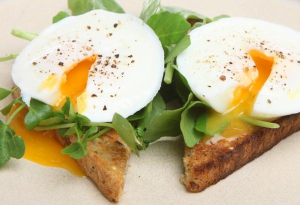 Sternzeichen Fische gesunde ernährung fruhstück eier