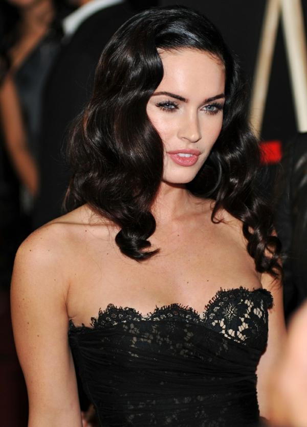 Sternzeichen Stier Frau berühmtheiten Megan Fox