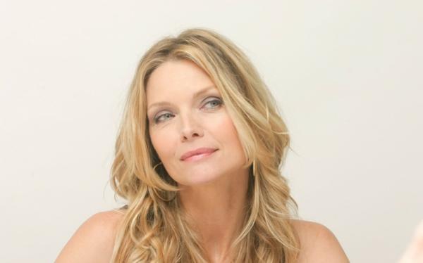 Sternzeichen Stier Frau berühmtheiten Michelle Pfeiffer