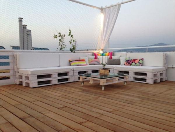außenmöbel design Gartenmöbel aus Paletten couchtisch weiß