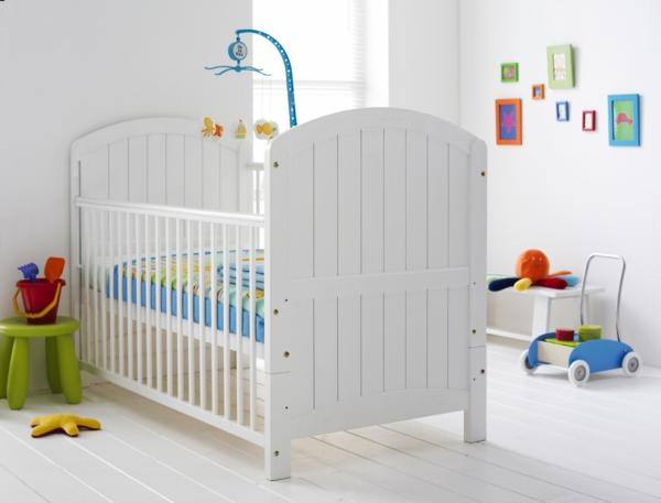 babybettchen design weiß schlicht elegant