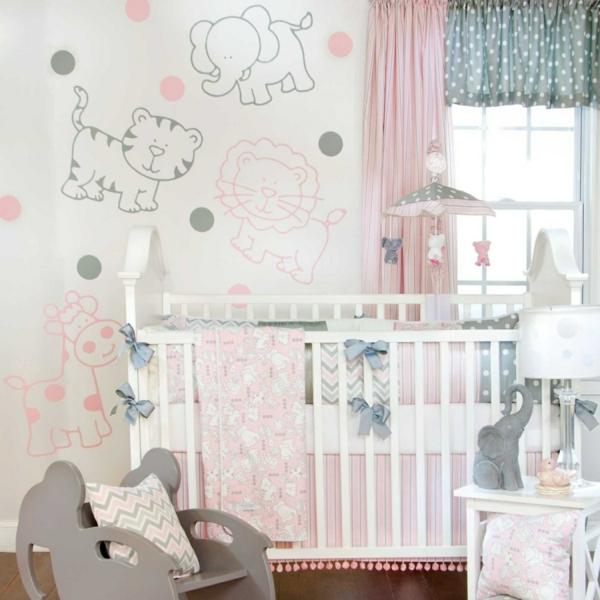 babybettchen weißes gitterbett schöne wanddeko babyzimmer