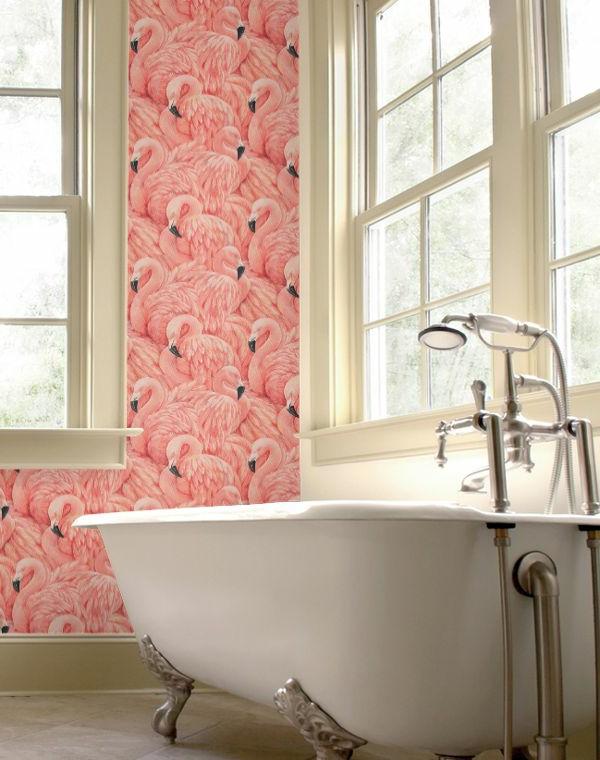 badezimmer schöne akzentwand flamingo badewanne