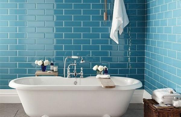 Badezimmer ideen fliesen leuchten m bel und dekoration for Badezimmergestaltung fliesen