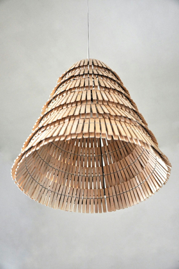 Untersetzer Holz Wäscheklammern ~ basteln mit wäscheklammern kronleuchter lampenschirm holz