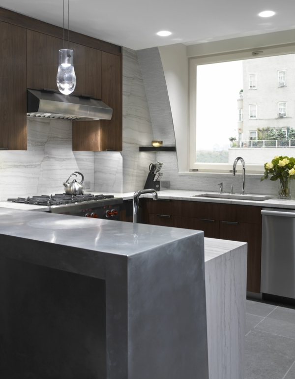 Direkte und indirekte Beleuchtung für Küche