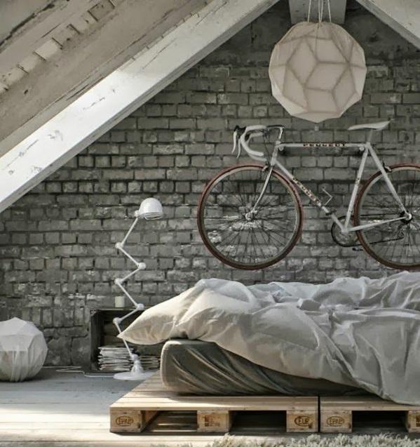 bett aus paletten schlafzimmer dachzimmer möbel ziegelwand