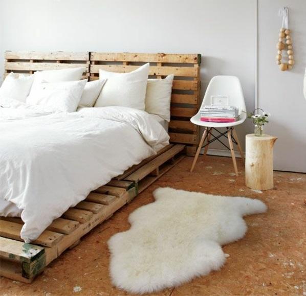 bett aus paletten selber bauen schlafzimmer skandinavisch einrichten