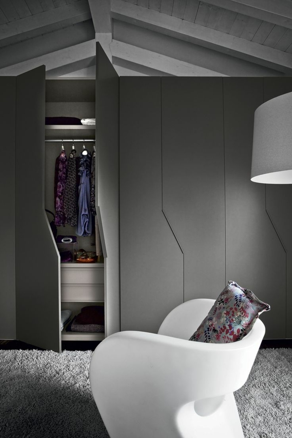 design outlet m bel auf der suche nach schicken. Black Bedroom Furniture Sets. Home Design Ideas