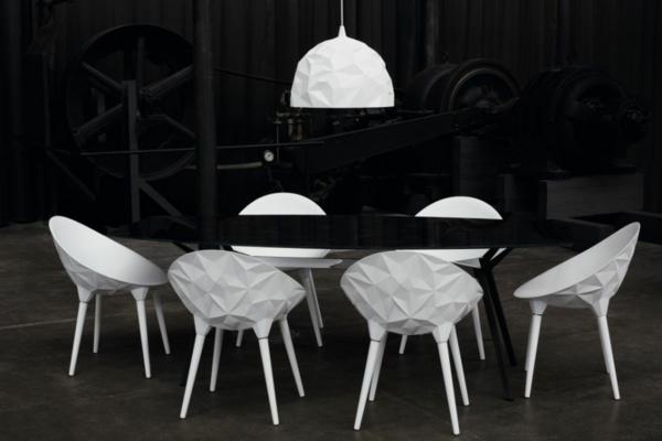 designer sessel weiß geometrisch ausgafallene hängelampe