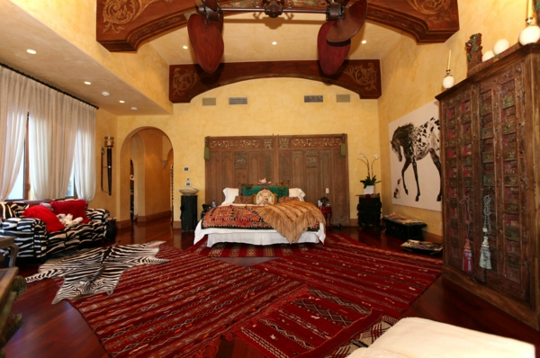 einrichtungsideen schlafzimmer teppiche ethno style kuhfellteppich