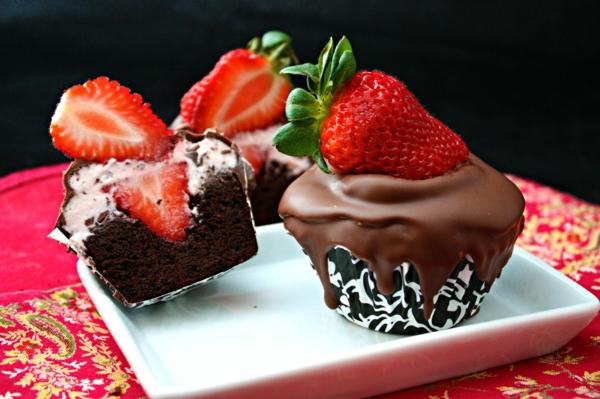 erdbeeren gesund frisch schoko cupcakes