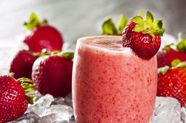 erdbeeren gesund frische shakes smoothies