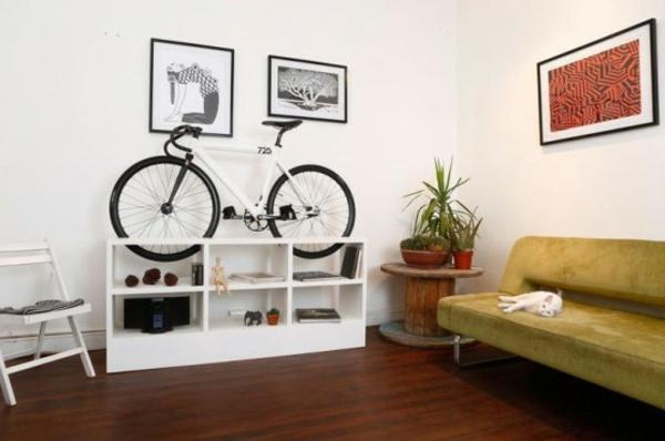fahrrad ständer wohnzimmer raum ausnutzen ideen