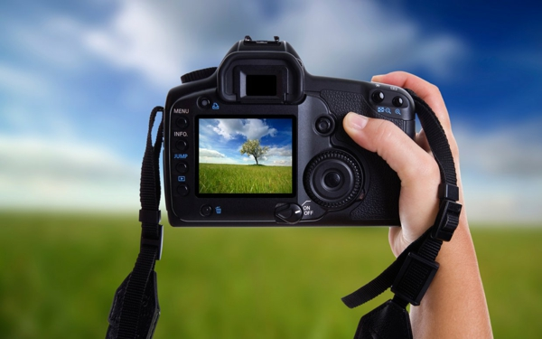 Gründe, warum eine professionelle Fotokamera teuer ist