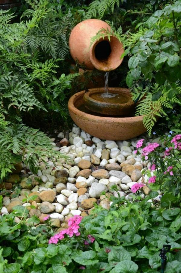 gartenbrunnen selber machen ton töpfe