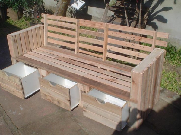 gartenm bel aus paletten inspirierende diy m bel f r ihren garten. Black Bedroom Furniture Sets. Home Design Ideas