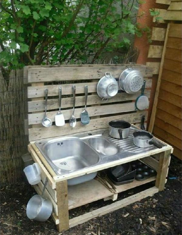 gartenmöbel aus paletten outdoor küche