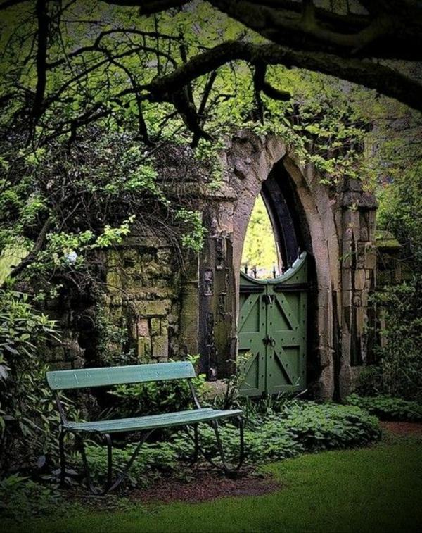 gartentüren gotischer stil garten gestalten