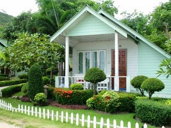 gartenzaun holz kleinen vorgarten gestalten vorgartengestaltung