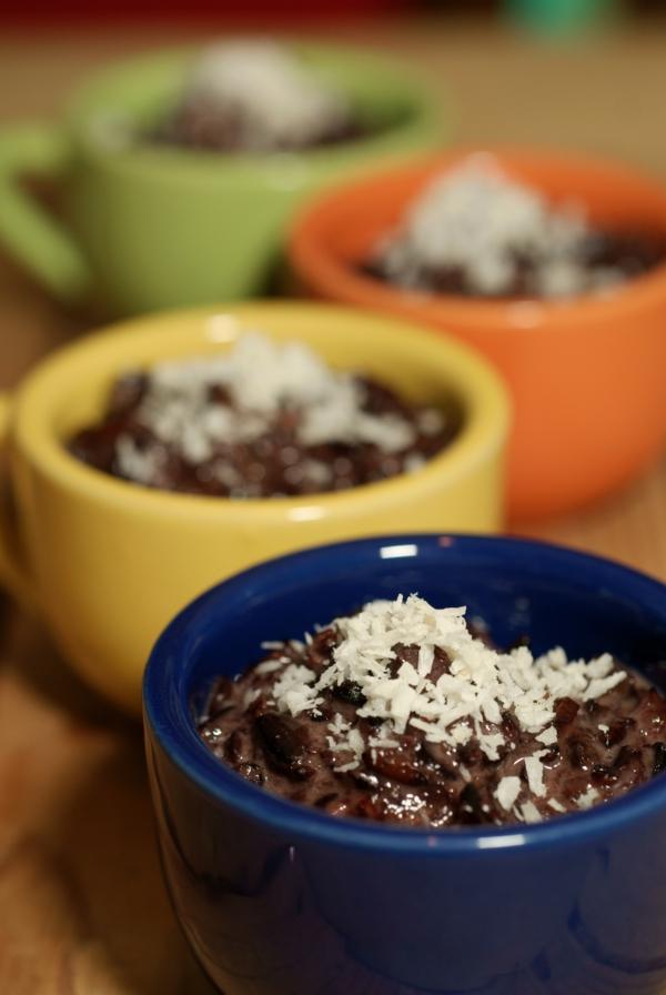 gesunde nahrung schwarzer reis pudding