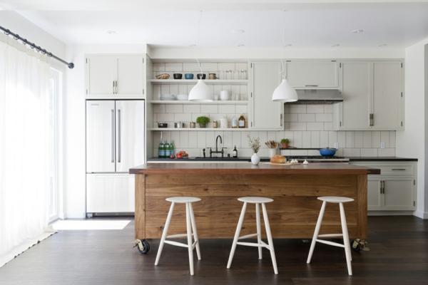 hängelampen küche kücheninsel beleuchten weiße hocker