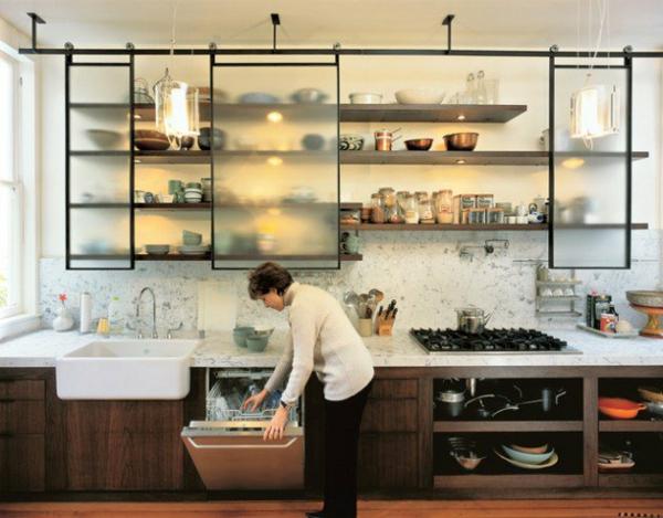 Hängeregal küche lampe  Moderne Hängeregale - Schritte zur perfekten Ordnung in der Küche