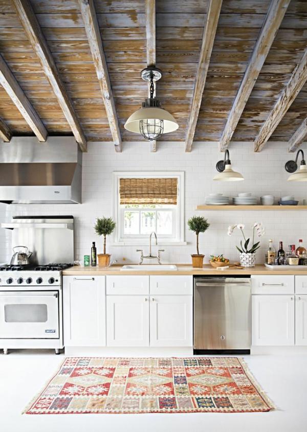 indirekte beleuchtung kücheleuchter wandleuchten farbiger teppich