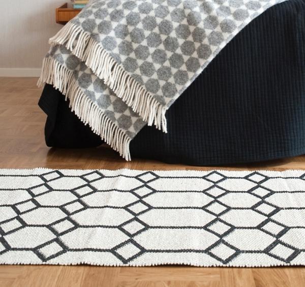 ingrid black teppich kunststoff  skandinavisch einrichten brita sweden teppich kunststoff