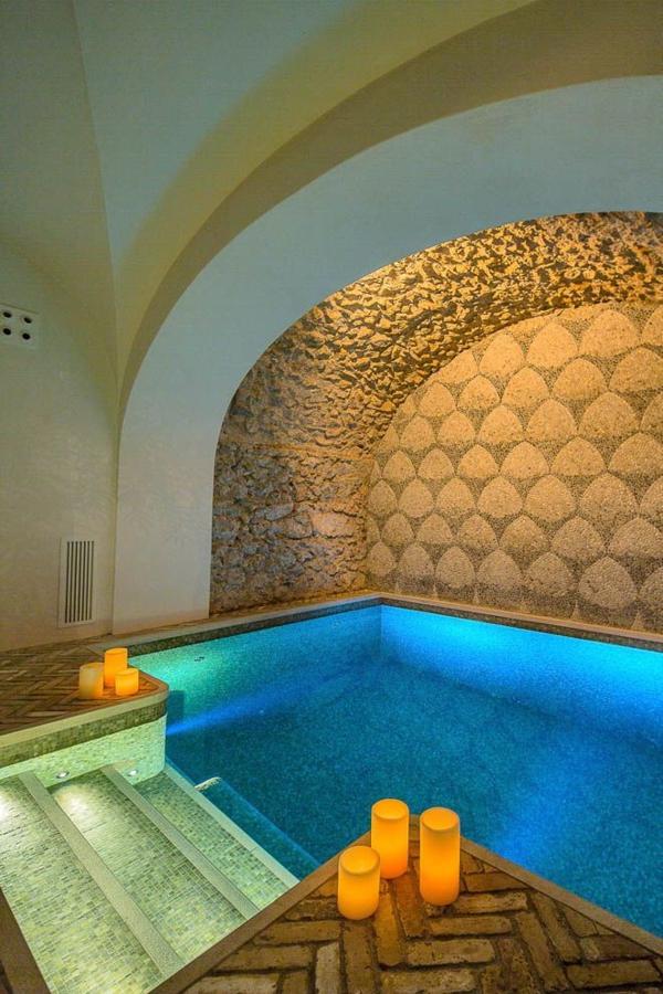 innenpool Casa Del Vescovo insel Capri designer Francesco Della Femina