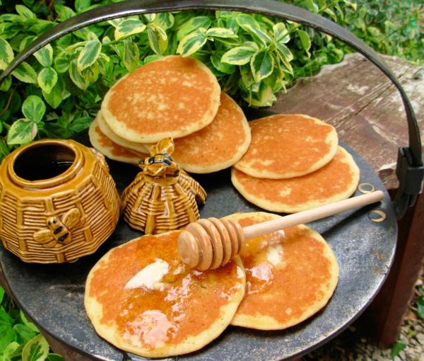 ist honig gesund frühstück pfannkuchen