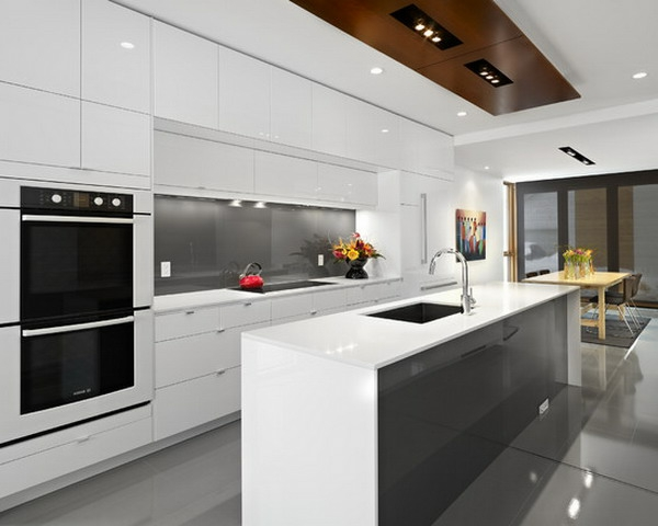 küche einrichten weiß grau einbauleuchten