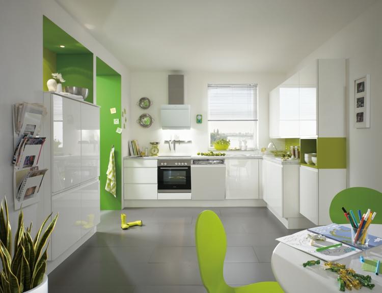 küchendekoration ideen küche farbgestaltung akzentfarbe grün