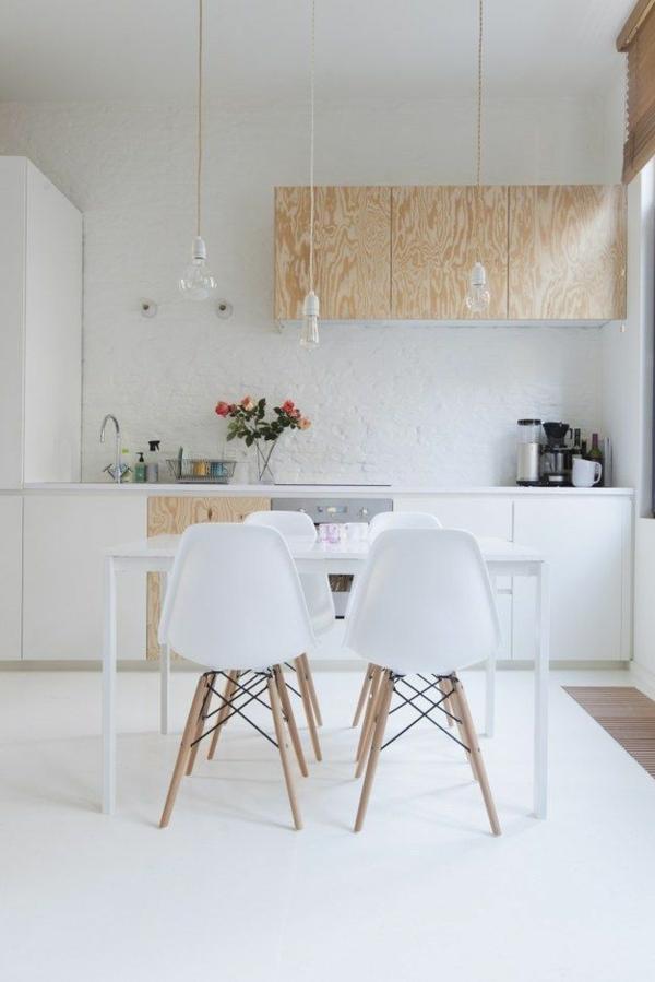 küchendesign weiß minimalistisch skandinavisches design holzakzente