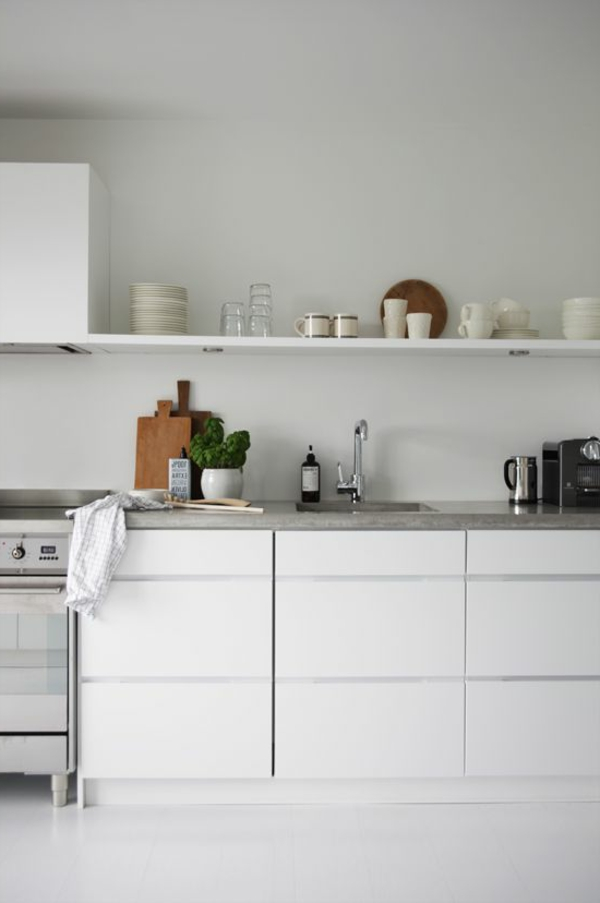 küchenregale design weiß offen minimalistisch