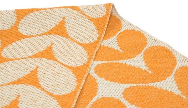 karin orange plastikteppich skandinavisch einrichten brita sweden teppich kunststoff
