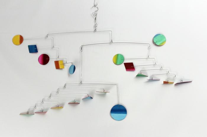 kinetische kunst installation moderne skulpturen wanddeko ideen