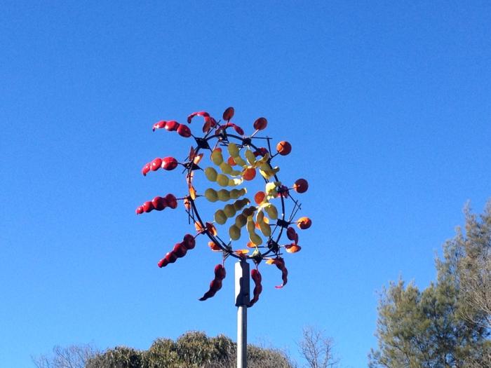 kinetische kunst installation moderne skulpturen windspiel