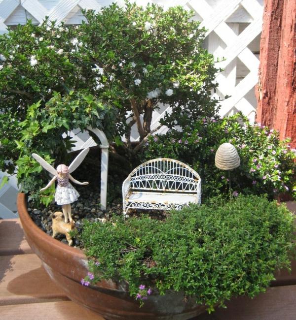 kleine gärten gestalten buchsbaum fee sitzbank thymian