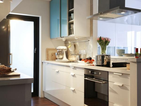 kleine küche einrichten mosaikfliesen küchenrückwand