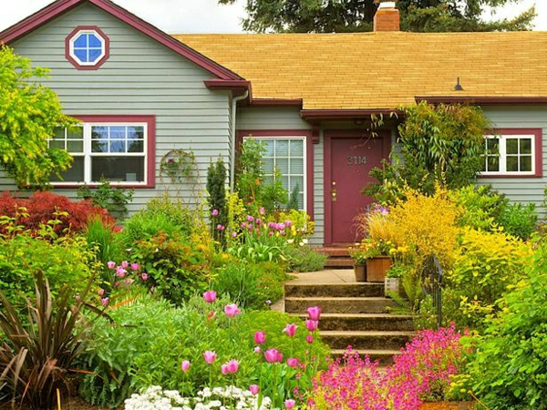 kleinen vorgarten gestalten vorgartengestaltung pflanzen büsche bäume