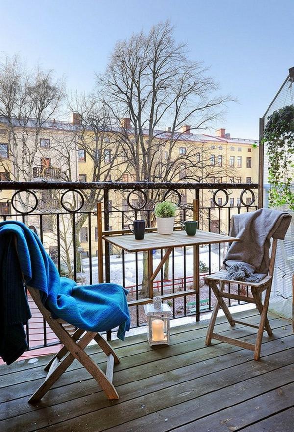 kleiner balkon design frisch gemütlich holz