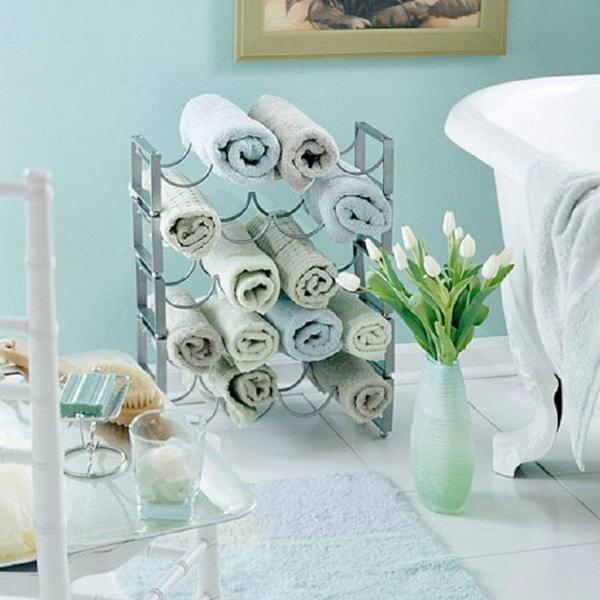 kleines bad einrichten ideen handtücher ständer